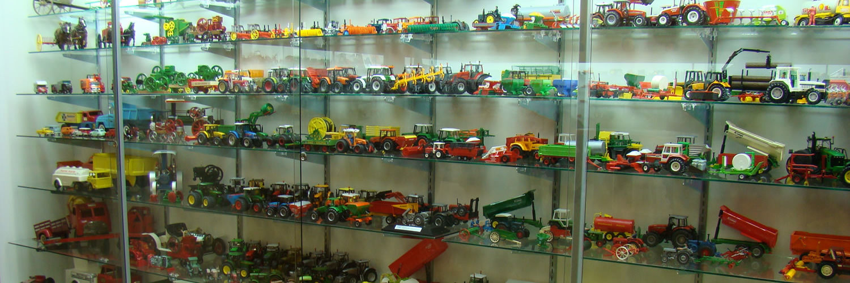 Vintage Barn Exhibits